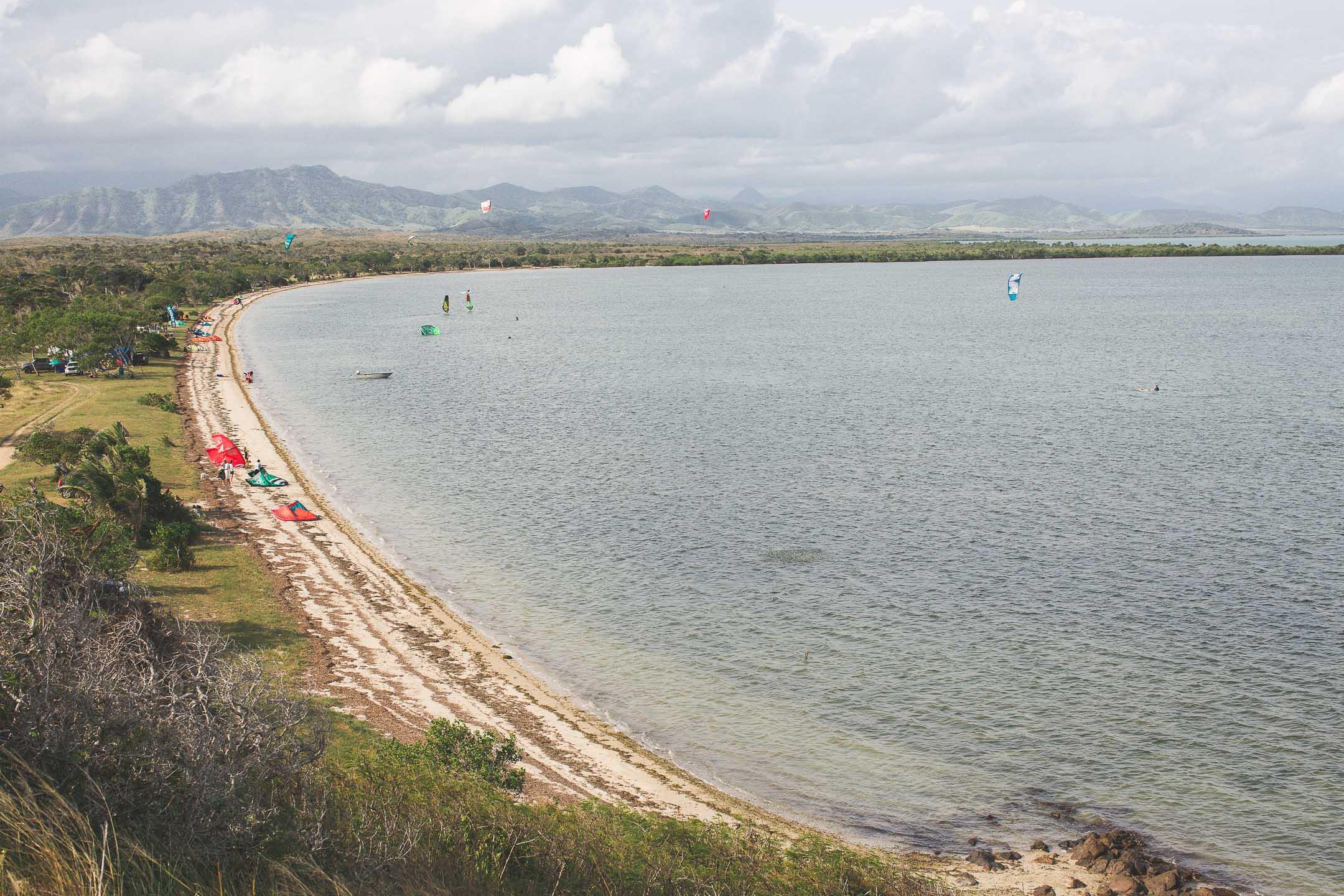 plage de ouano nouvelle calédonie